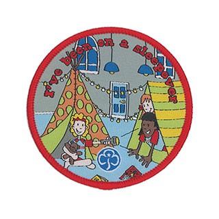 Rainbow I've Been On A Sleepover Woven Badge (8407)